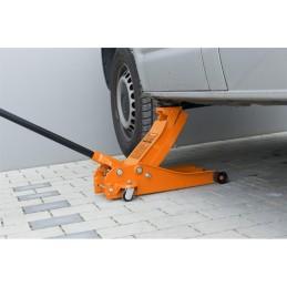 Este ideal pentru ridicarea autovehiculelor cu greutatea de pana la 3000 kg